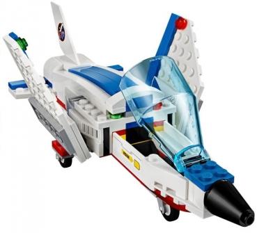 Weltraumjet mit Transporter
